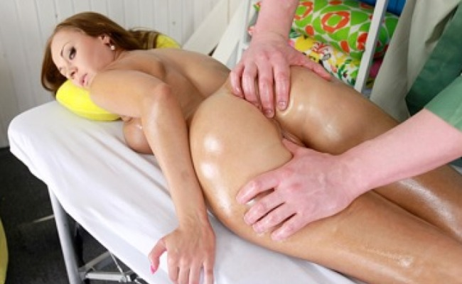 One of the best pay porn websites providing hot massage stuff